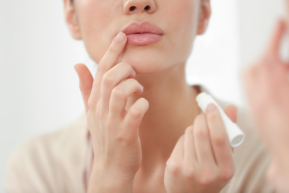 Заеды и трещины в уголках рта (ангулит, ангулярный хейлит, ангулярный стоматит). Причины, виды, симптомы и лечение заед на губах у ребенка, у взрослых