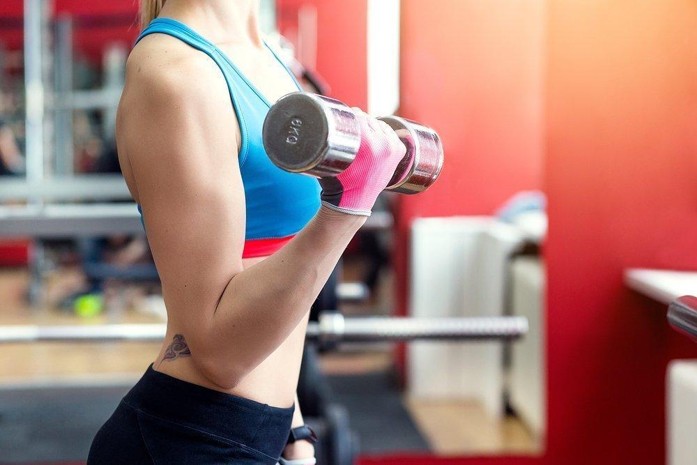 фитнес с гантелями для похудения