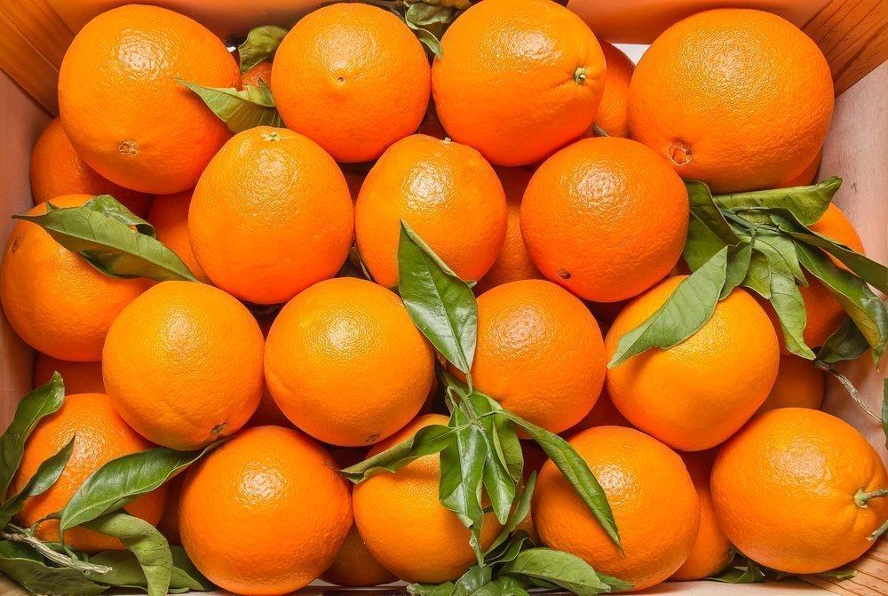 Как едят апельсин