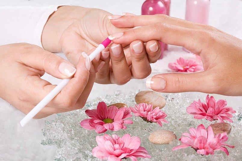 8 болезней, которыми можно заразиться в салоне красоты