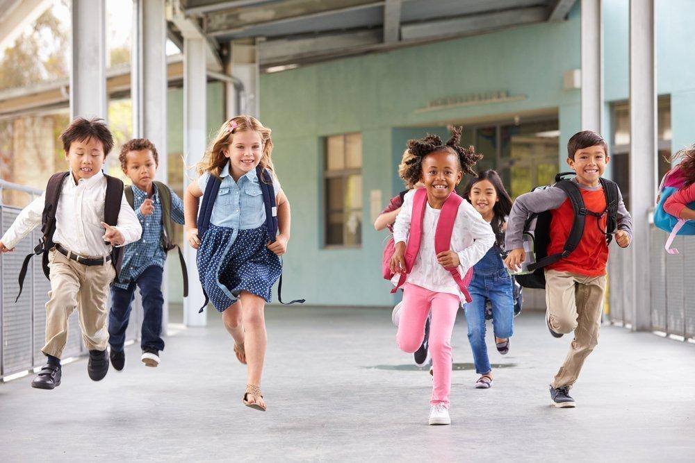 Смешная картинка школьник бежит в школу, картинки