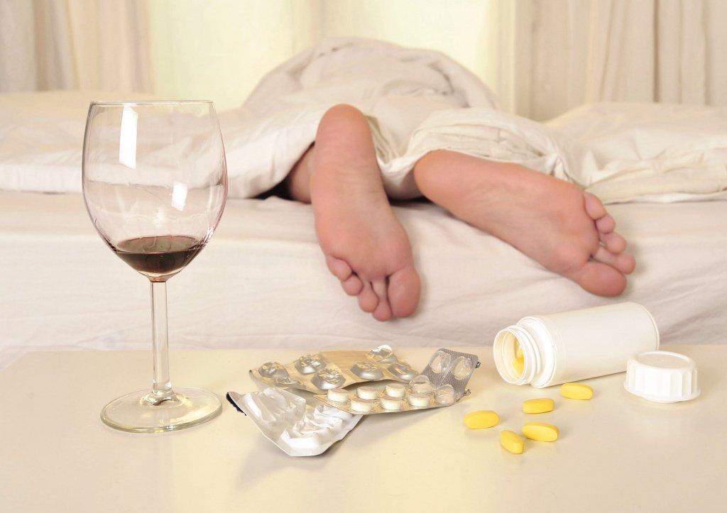 Спирт и лекарства: алкогольное отравление
