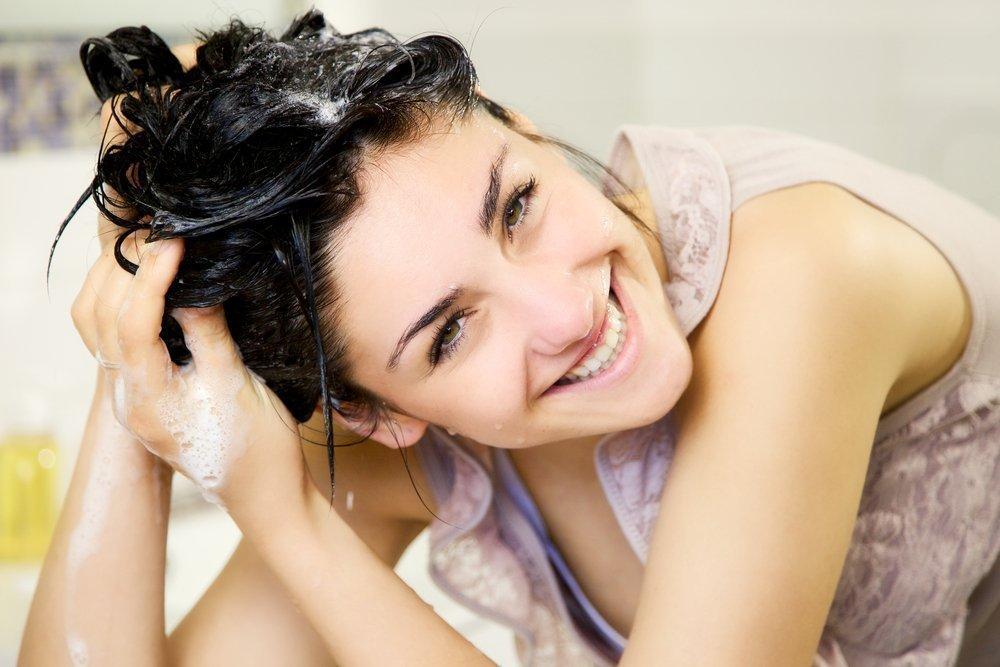 3. Часто мыть голову шампунем глубокой очистки