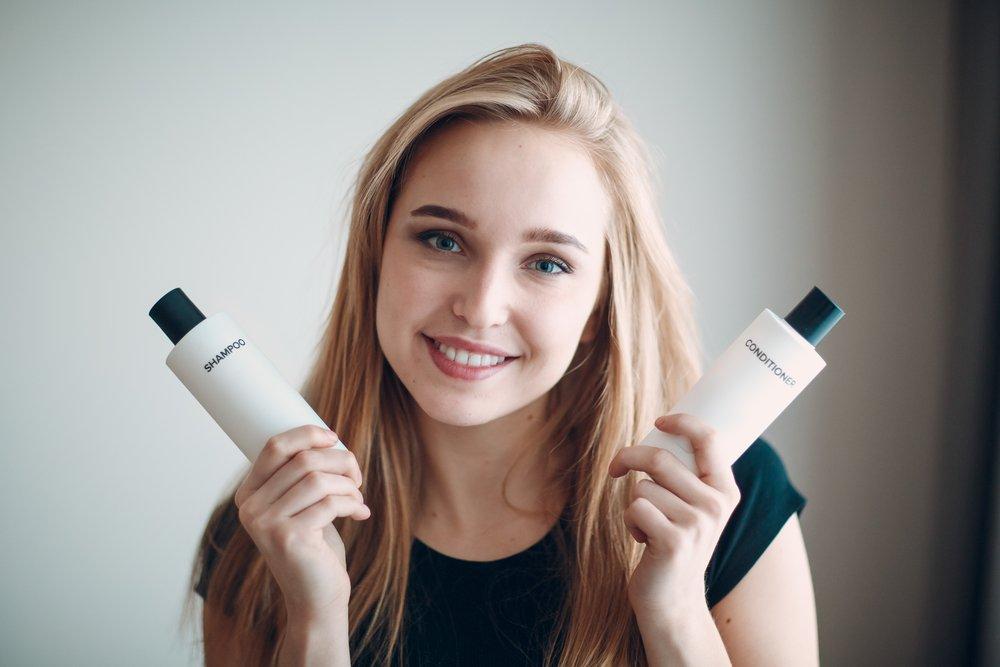 Шампуни для ухода за женскими волосами: какие они