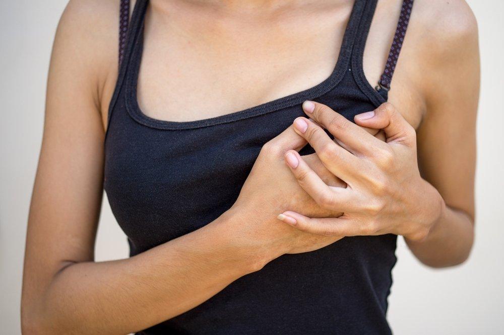 Нагрубание молочных желез, лактостаз и мастит — в чем разница?