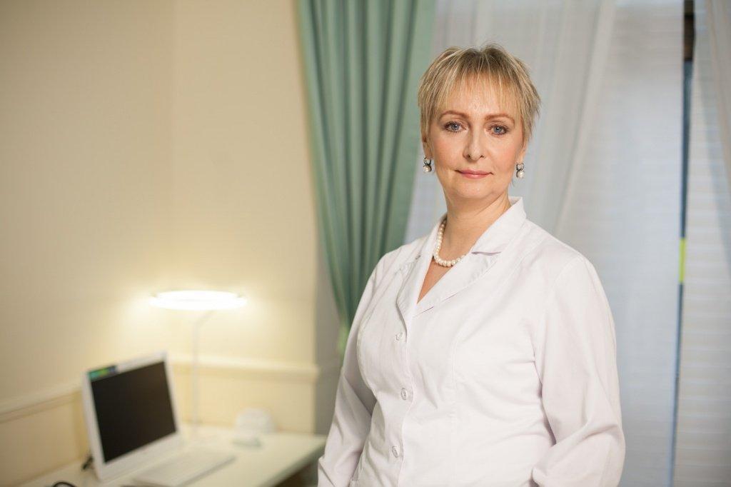 Першина Инна Леонидовна, врач высшей категории, терапевт, нефролог, кардиолог Евразийской клиники EA CLINIC