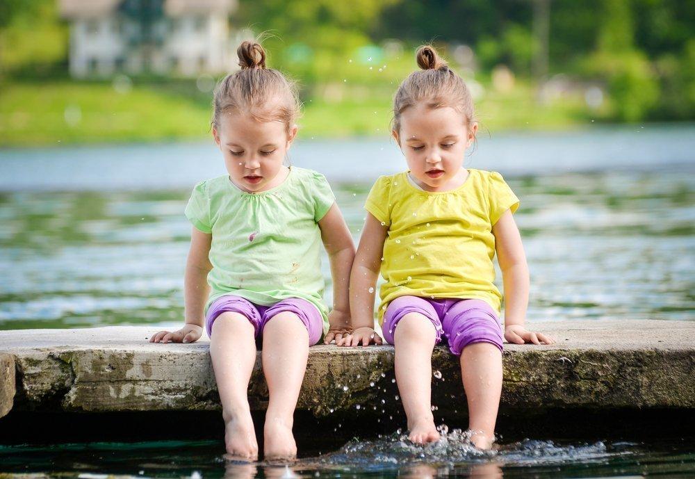 Двойняшки или близнецы?
