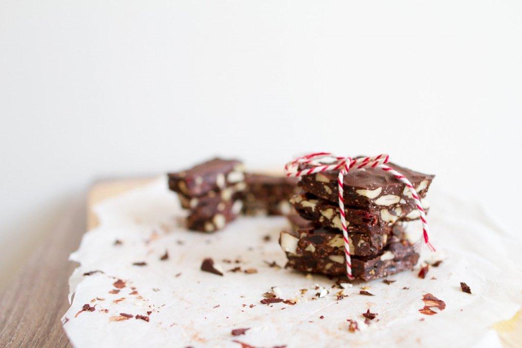 Простой рецепт шоколадно-кокосовых конфет