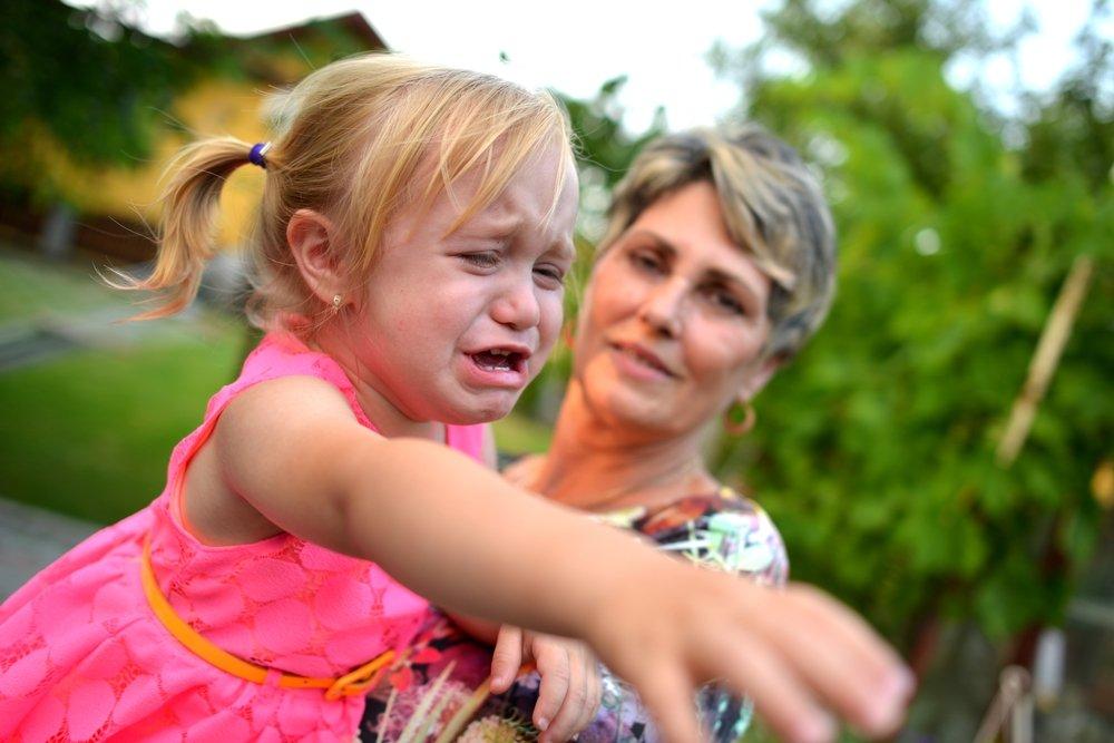 Реакция психики ребенка на уход матери
