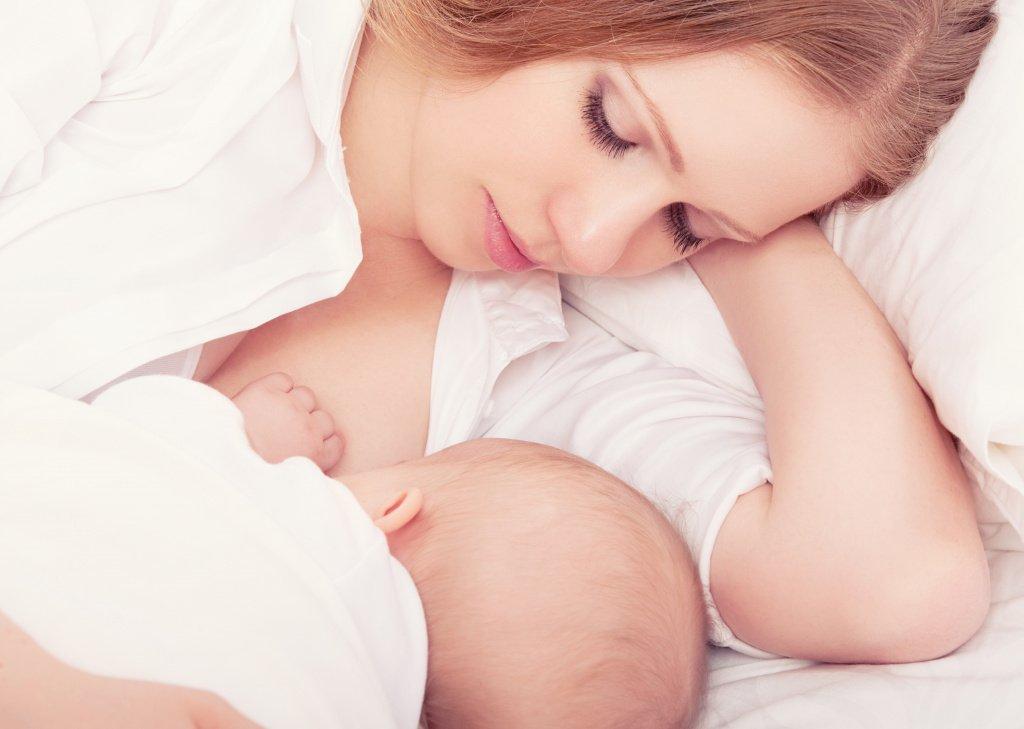 Материнское молоко в питании ребенка