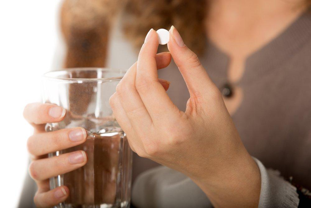 При любом способе приема таблетка все равно попадает в желудок