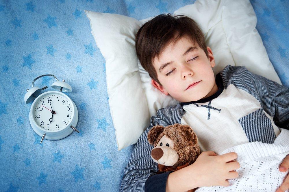 Опасен ли лунатизм для ребенка и что делать родителям?