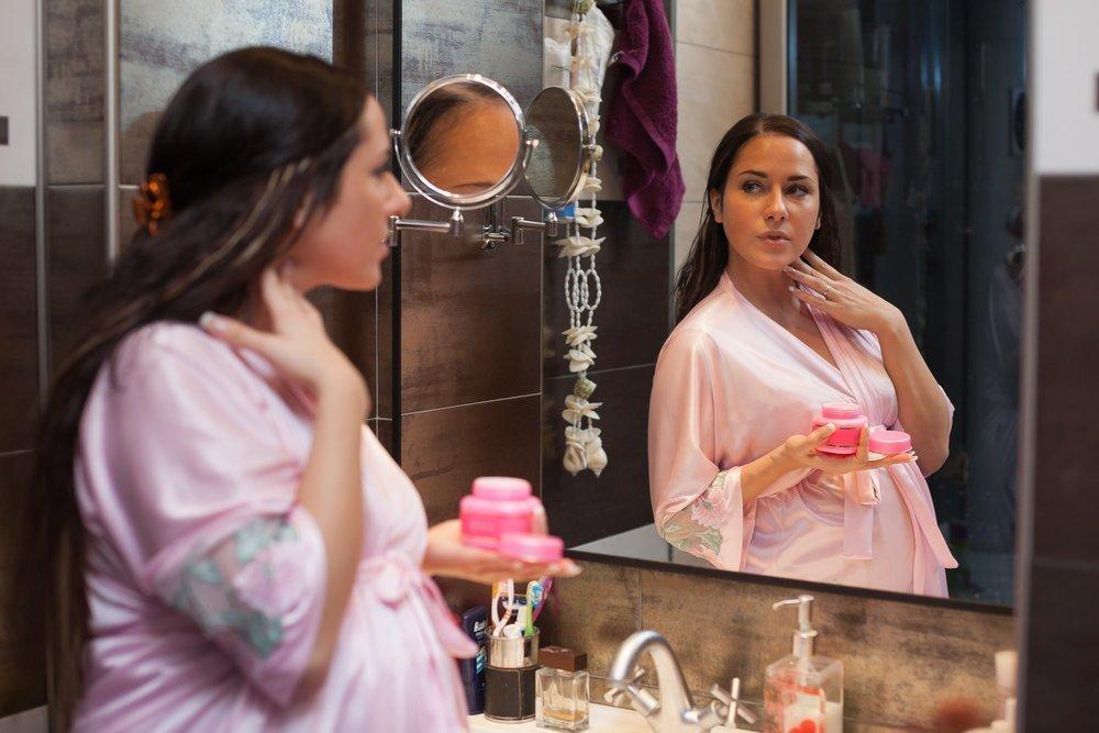 Красота будущей мамы: процедуры для ухода за телом