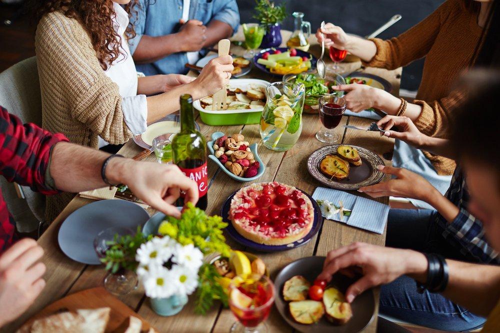 Следите за питанием в праздники