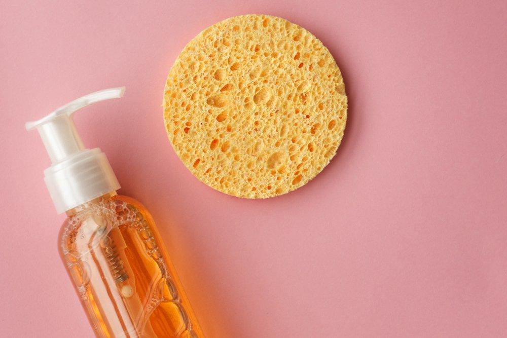 Гидрофильное масло — как смыть стойкий макияж