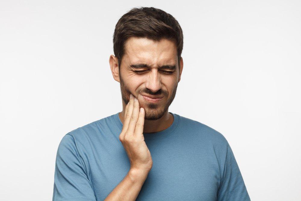 Симптомы при кисте верхнечелюстной пазухи