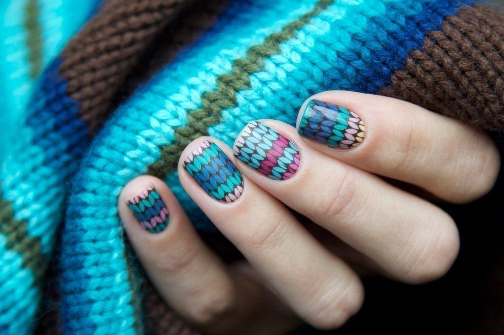 «Шерстяные» ногти обычными лаками