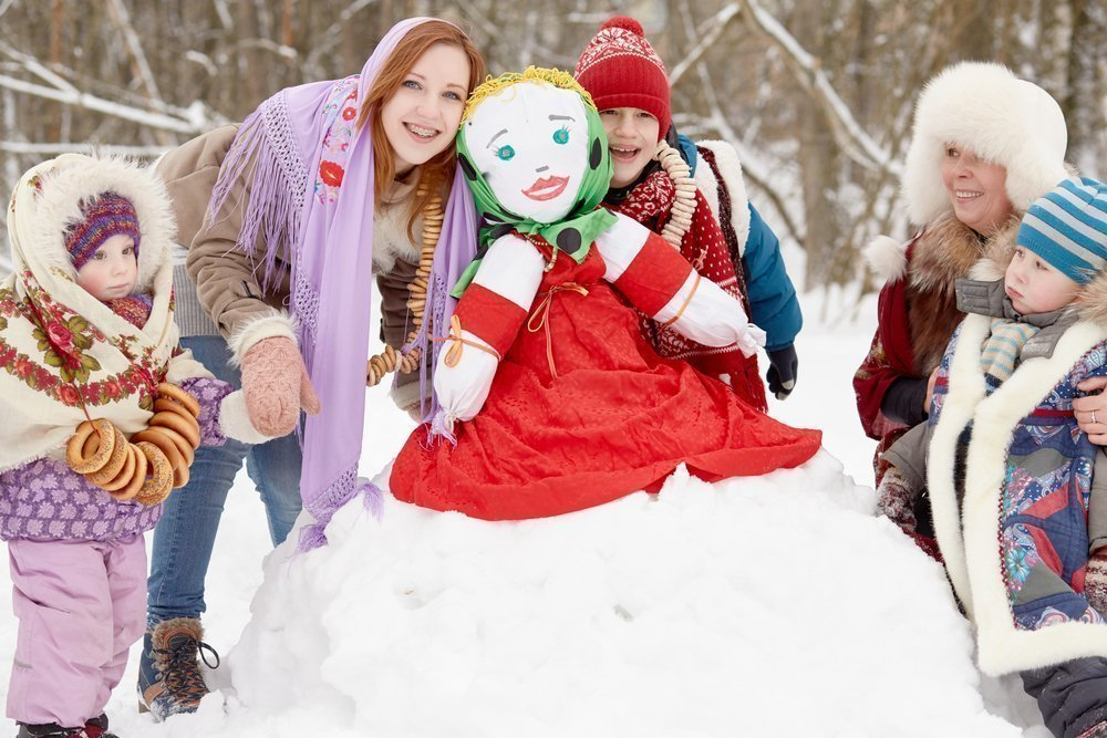 Как родители могут организовать празднование Масленицы