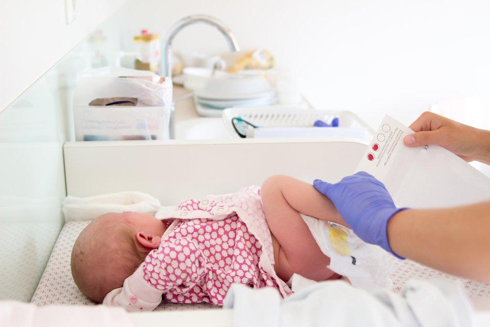 Скрининги новорожденных: «пяточный тест»