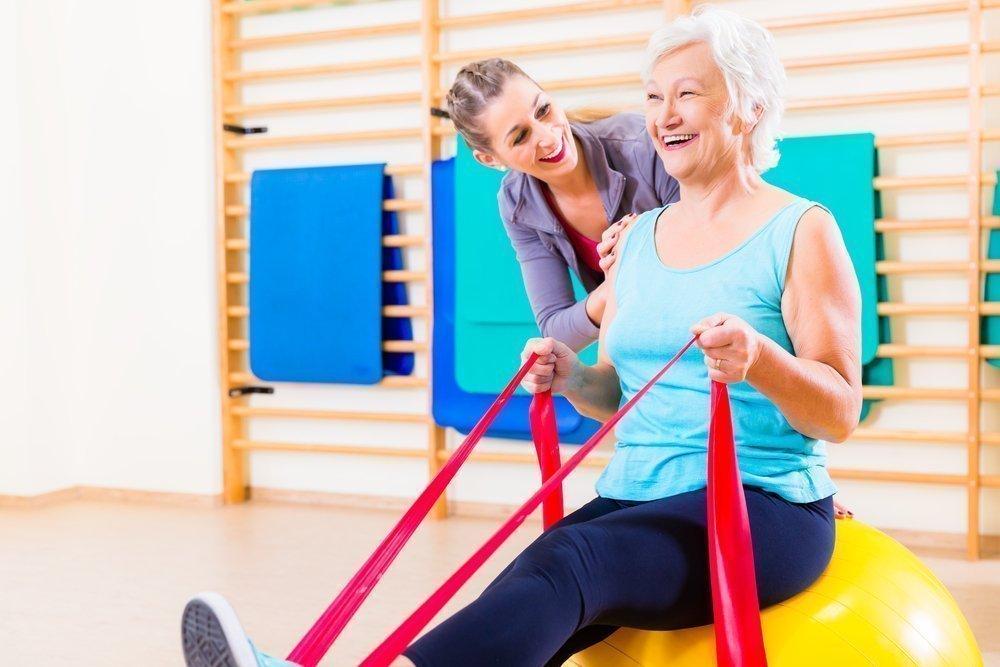 Комплекс упражнений в положении сидя