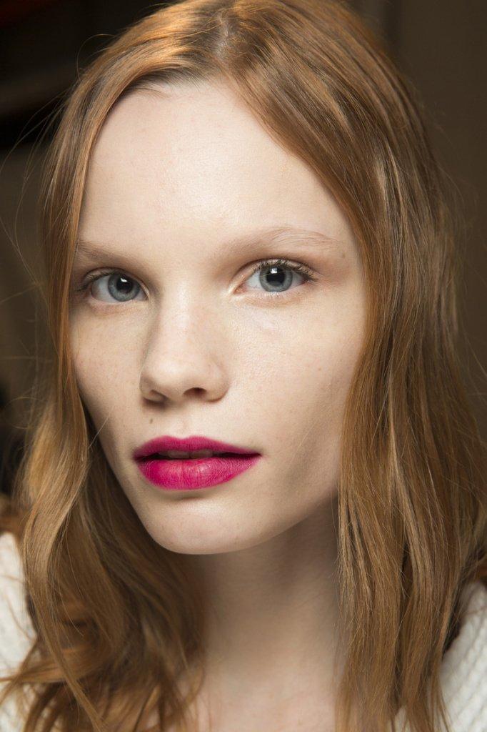 Яркие и сочные губы Источник: buro247.az