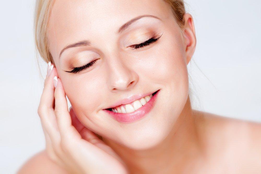 Как правильно применять гоммаж для красоты лица