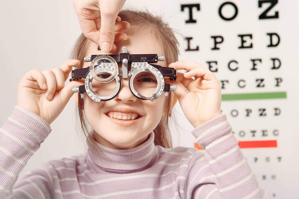 Ухудшение зрения в период интенсивного роста