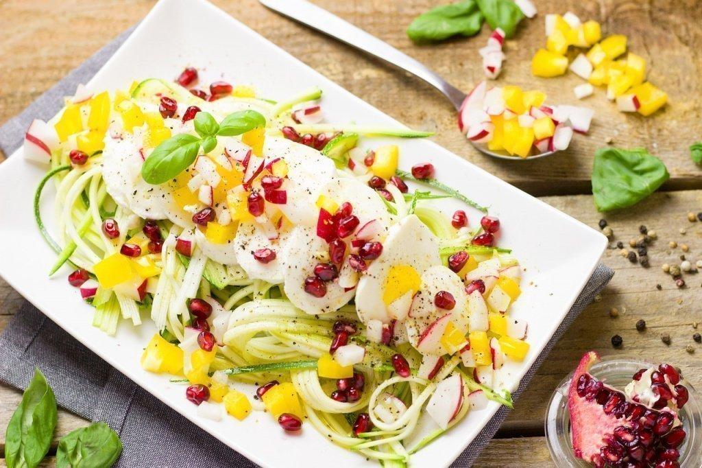 Салат из цуккини для тех, кто на диете