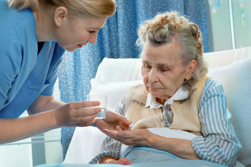 Медсестра и пациент фото