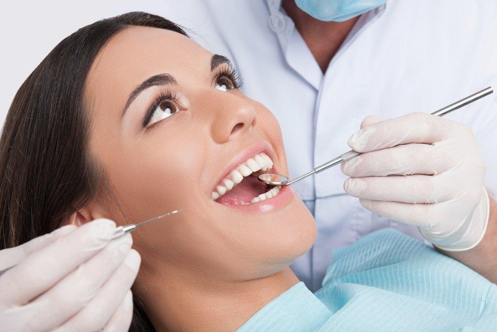 Что сделает стоматолог до беременности: уход за зубами
