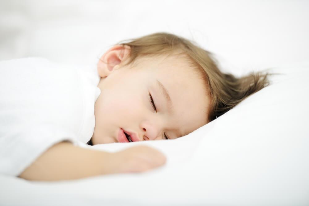 Что должны помнить родители о сне