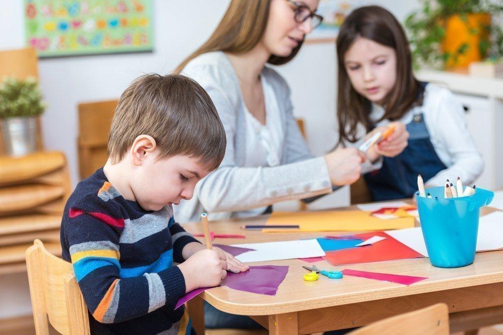 Как родителям помочь ребенку наладить отношения со сверстниками?