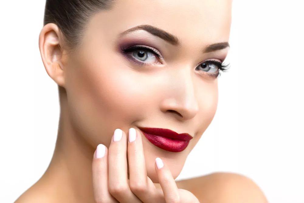 Многоцветный макияж глаз