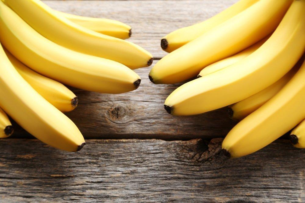 Бананы, дыня, виноград