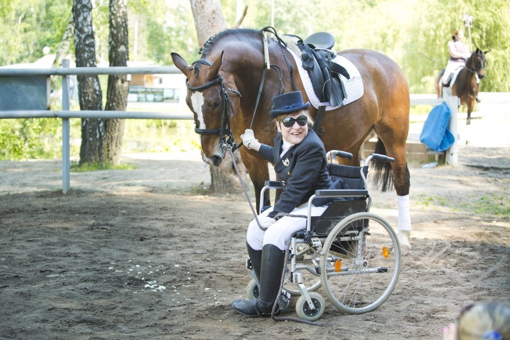 Три измерения «лечения лошадьми». Интервью с иппотерапевтом