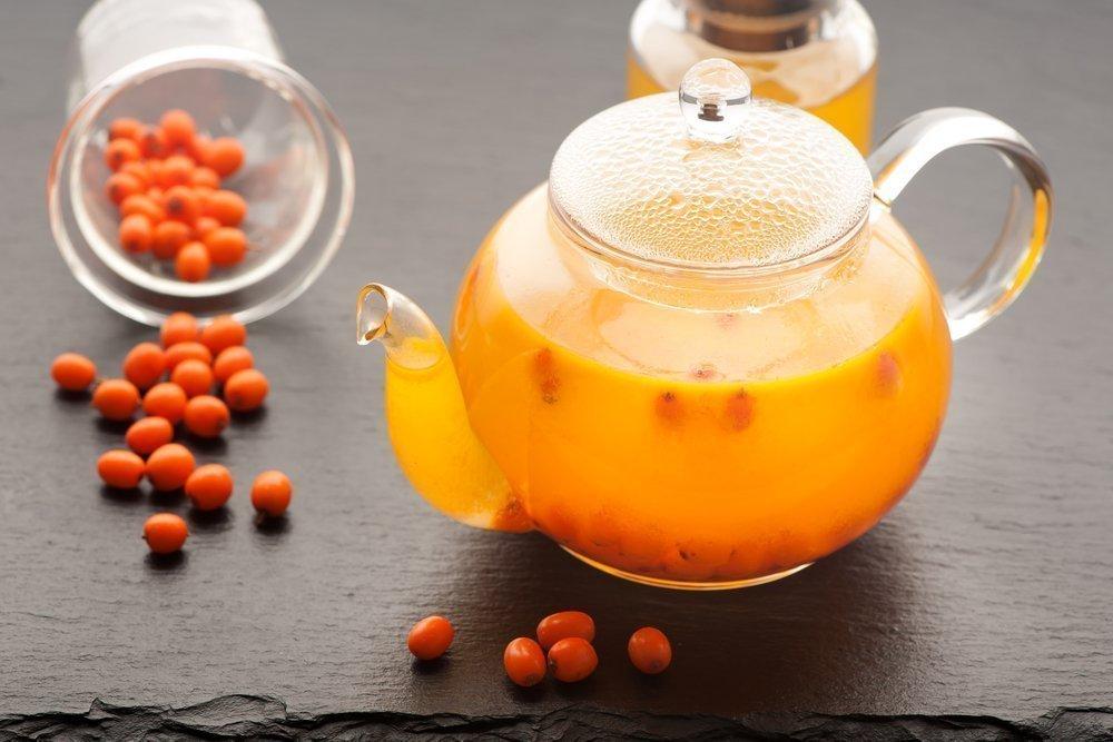 Ароматные ягоды: облепиховый чай с мятой и гвоздикой