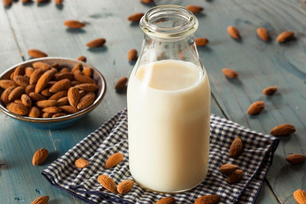 Молоко из каргополя натурального сырья