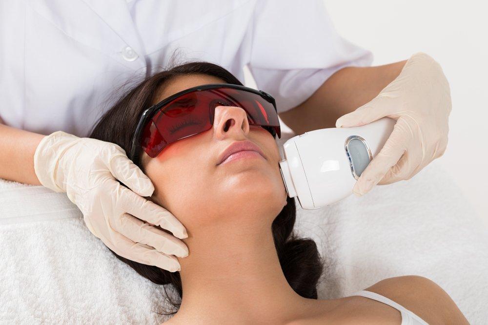 Лазеротерапия в клинике и дома: здоровье кожи и органов