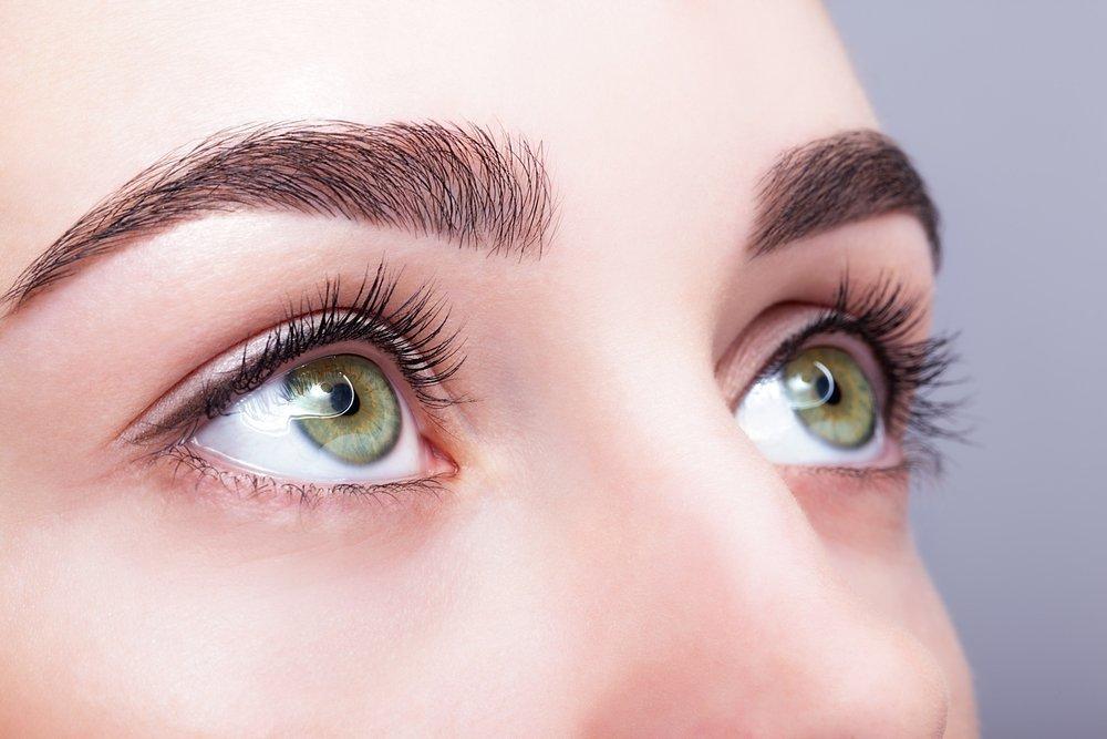Неброский макияж глаз