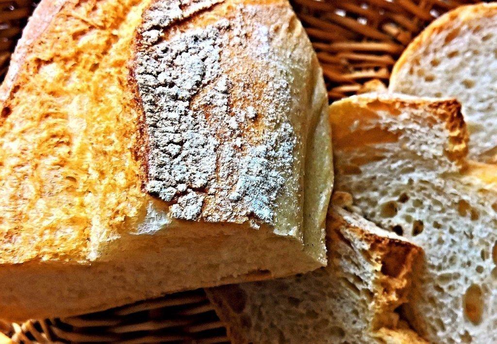 Миф 2: Белый хлеб противопоказан при похудении