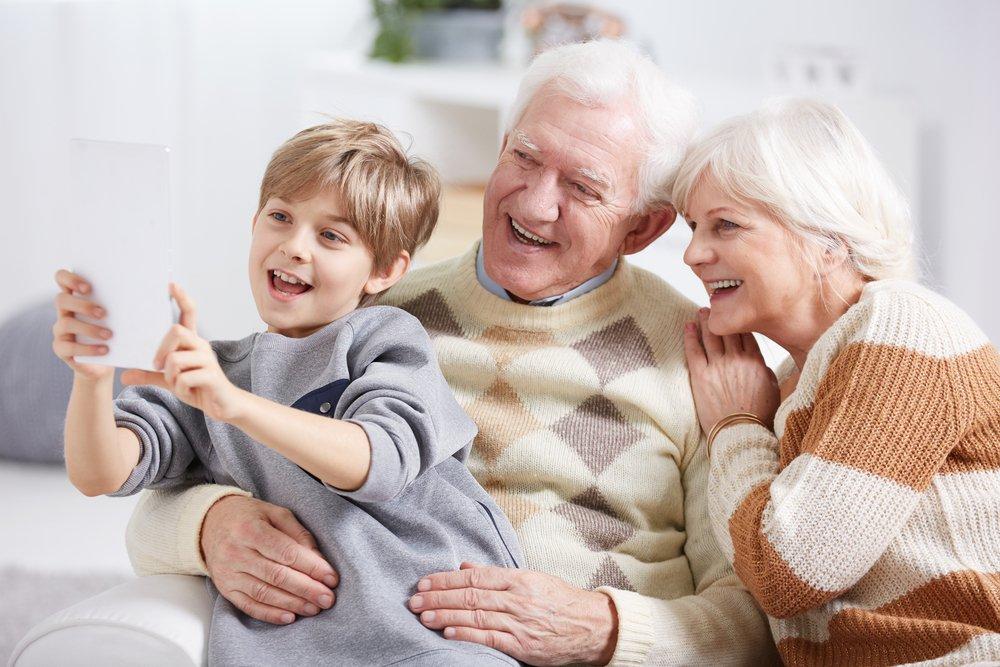 Как договориться с бабушкой и дедушкой?