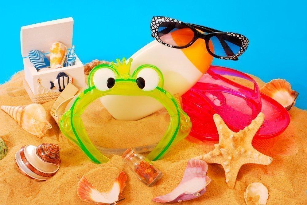 Какие детские вещи понадобятся в отпуске: советы родителям