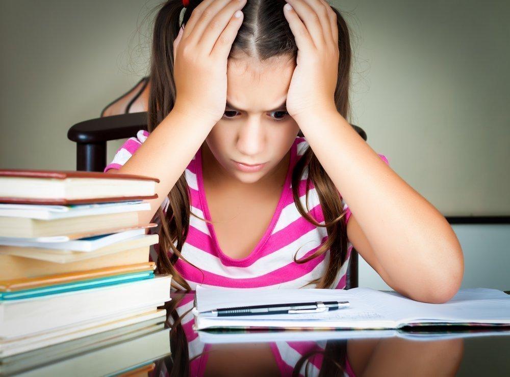 Причины тика у детей: стресс и переутомление