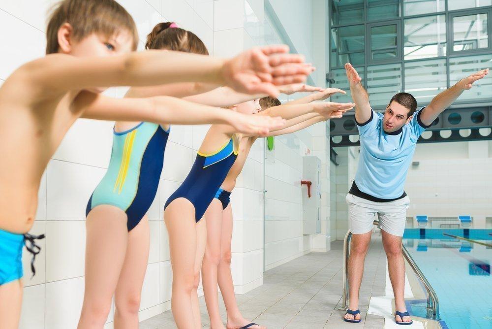 Как правильно выполнять плавательные упражнения