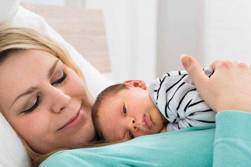 Рождение ребенка с помощью кесарева, какие последствия?