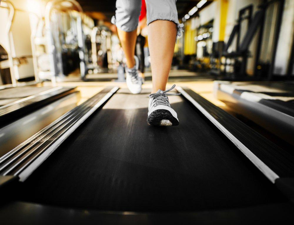 Правила занятий фитнесом на беговой дорожке