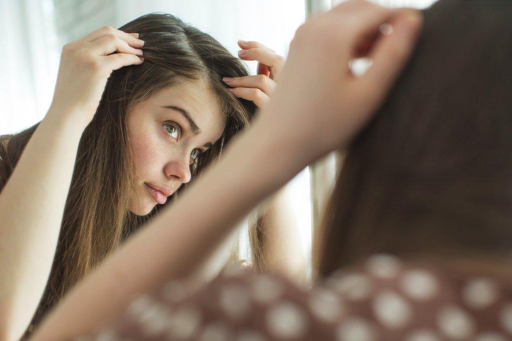 От чего зависит красота и здоровье женских волос?