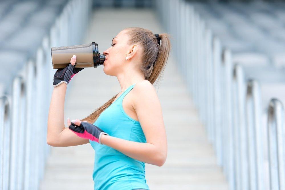 Питьевой режим во время фитнеса