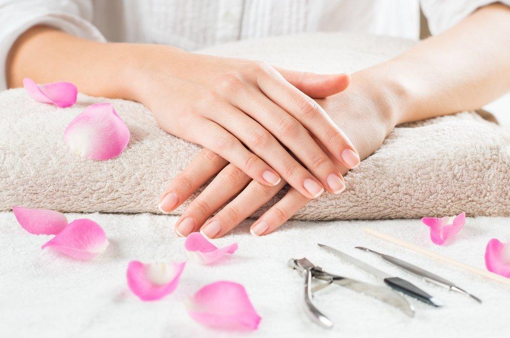 Чем опасны травмы ногтей при маникюре и педикюре