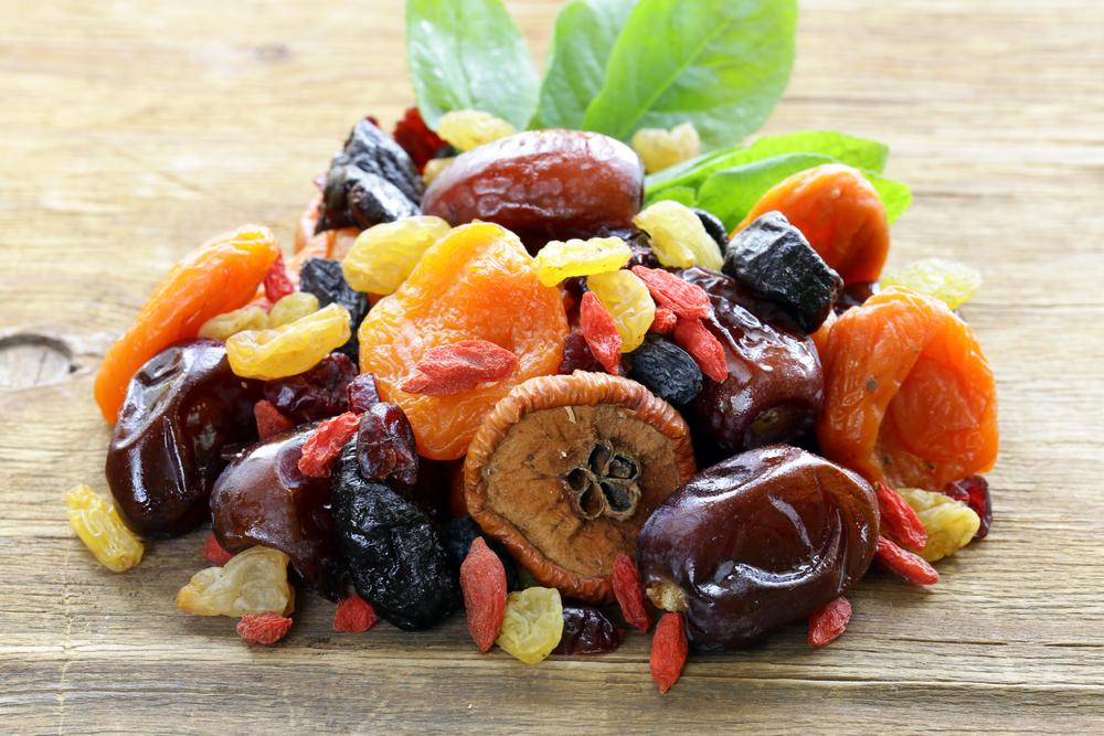 Как включать в меню диеты сухофрукты?